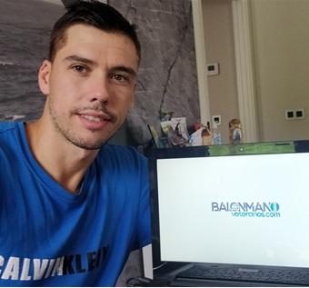 Entrevista a MIKEL AGUIRREZABALAGA